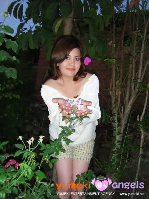 Ingrid Yumeki Angels Summer 2009
