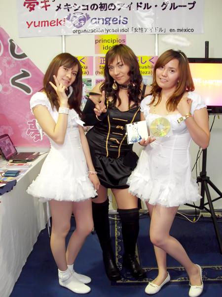 Yumeki Angels y Klavita en Expo la Mole 2010